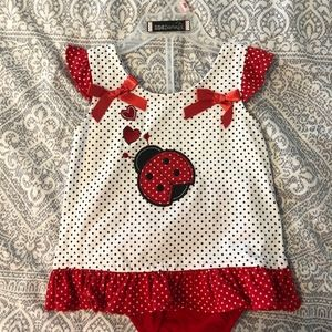 Darling girl toddler short set, size 18 months